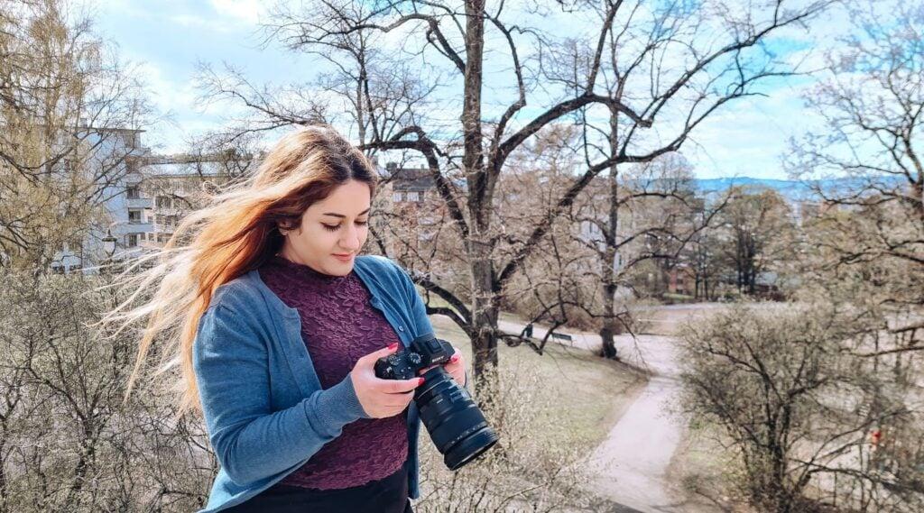 Fara starter karrieren sin i digital markedsføring hos Snille Tips